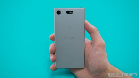 Sony Xperia XZ1 Compact Review 14