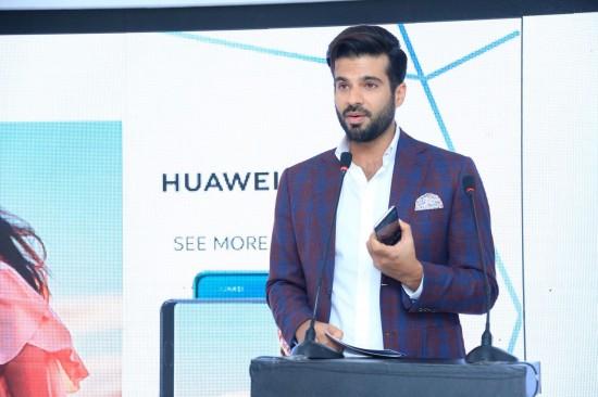Huawei-P20-Pro-Launch-Event-16