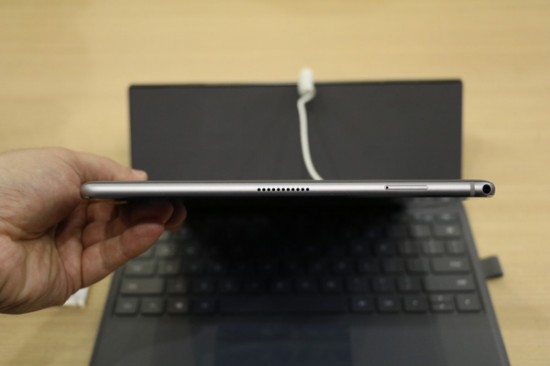 Huawei MateBook E 2019 is an Affordable Always On Convertible Laptop